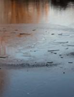 Kinderen (8 en 10) zakken door ijs Tussenpad Vlaardingen