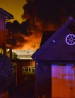 Grote brand verwoest kassencomplex Hoefweg Bleiswijk