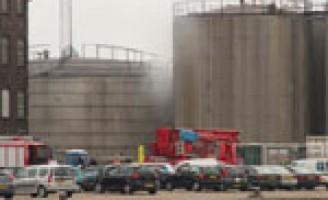 Brand in opslag tank Vopak Vlaardingen