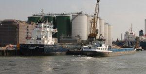26 augustus Brandweer rukt uit voor incident bij Vopak Koningin Wilhelminahaven Vlaardingen