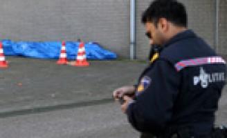Vrouw op klaarlichte dag naast speeltuin doodgeschoten Kapiteinsbuurt Rotterdam