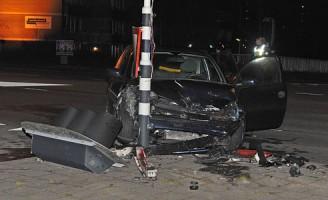 Veel schade bij aanrijding Plesmanlaan Leiden