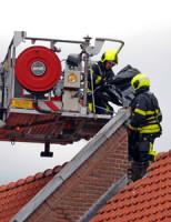 14 mei Schoorsteen kapot door blikseminslag Binnentuinen Den Haag