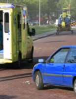 Fietser gewond na aanrijding met personenauto Balthasar van der Polweg Delft