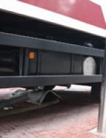 Vrachtwagen op poller Nieuwe Langendijk Delft  (Video)