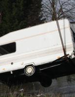 15 maart Caravan wordt duikboot Maria Duystlaan Delft