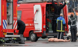 Man onvindbaar na val in water Heijplaatweg Rotterdam (update: Slachtoffer gevonden)