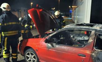 Autobrand op de Kleurlaan Zoetermeer