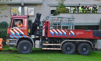 Spoedafhijsing met grote kraan Douzapad Zoetermeer