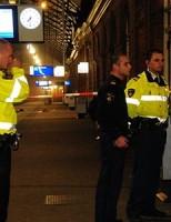 Politie schiet man met vuurwapen neer Holland Spoor [UPDATE]