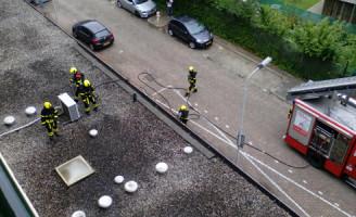 16 augustus Zonnebank vliegt in brand met persoon eronder Papsouwselaan Delft [VIDEO]