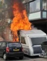 Caravan brandt uit Marokehout Zoetermeer