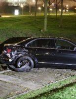23 december Personenauto total-loss na aanrijding met randstadrail Singel Den Haag
