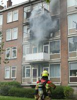 24 april Flinke schade na uitslaande brand portiekwoning E.H. Hartmanstaat Rijswijk [VIDEO]
