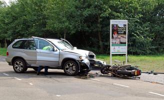 28 augustus Motorrijder overleden na aanrijding
