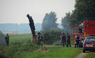 24 augustus Boom in brand Doenkade