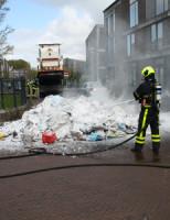 18 april Afval van vuilniswagen vat vlam Ypenburg