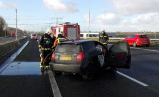 2 januari Auto brand volledig uit bij eenzijdig ongeval A12 Zevenhuizen