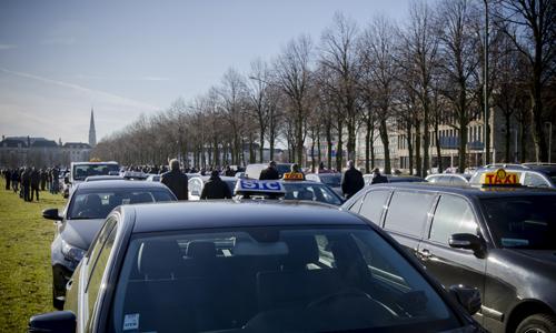Boze taxichauffeurs eisen verbod op Uper-Pop123