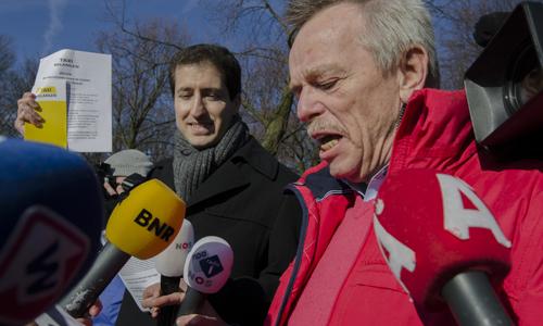 Boze taxichauffeurs eisen verbod op Uper-Pop137
