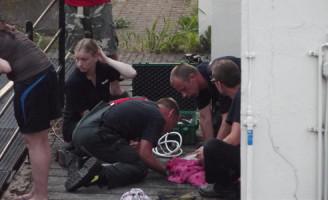 20 juni Kat vast in sluis Noordeinde Spijkenisse