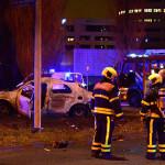 20 december Auto brand volledig uit na eenzijdig ongeval Laan van Hoornwijck Den Haag