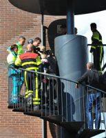 20 mei Klein meisje vast met vinger in rooster trap Fats Wallerrode Zoetermeer
