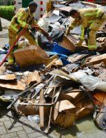 4 augustus Brandweer rukt uit voor een brand in een afvalcontainer Louis Pasteurplein Zoetermeer