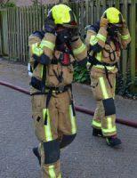 25 april Flinke schade na] zolderbrand Derde Stationsstraat Zoetermeer