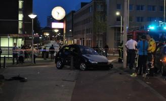 27 mei Auto versus paaltje Westeinde Den Haag