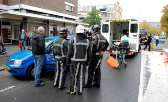 25 oktober Vrouw raakt gewond na aanrijding met Bestelbus