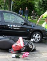 12 juni Scooterrijder gewond na aanrijding met auto