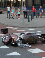 6 augustus Aanrijding scooter versus auto