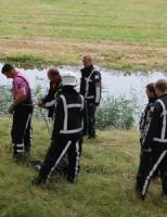 15 augustus Brandweer haalt Schaap uit sloot Essendijk