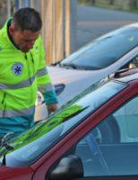 9 maart Flinke schade bij aanrijding tussen auto en fietser Rotterdamseweg Delft