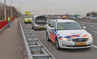 9 maart Verkeershinder door brandje in motor van busje A4 Rijswijk
