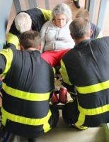 16 juni Brandweer tilt vrouw in rolstoel naar beneden na opnieuw een liftopsluiting Gasthuislaan 's-Gravenzande