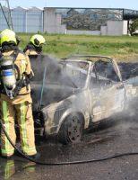 17 juli Volkswagen cabrio brand volledig af Veilingroute Wateringen [VIDEO]