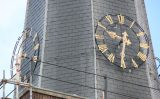 24 september Oververhitte kerkklok zorgt voor inzet brandweer Plein Wateringen [VIDEO]