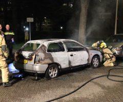 22 april Weer auto in brand Schoutendreef Den Haag