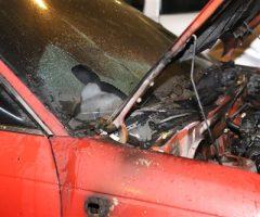 19 oktober Geparkeerde auto in brand Mozartlaan Delft [VIDEO]