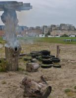 15 oktober Brandweer blust brandende boomstam Glaskloksingel Delft [VIDEO]