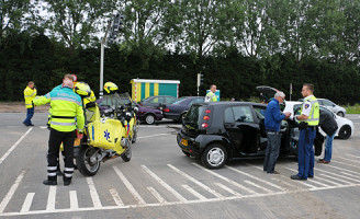 28 mei Kop-staart aanrijding tussen drie voertuigen Prinses Beatrixlaan Rijswijk