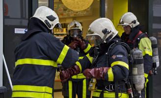 18 maart Chemische reactie na menging ontstoppingsmiddelen C1000 Wassenaar