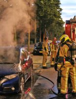 11 juni Wederom auto in brand Erasmusweg Den Haag [VIDEO]