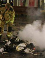 16 augustus Brandweer rukt meerdere malen uit voor buitenbranden Tesselseplein Den Haag