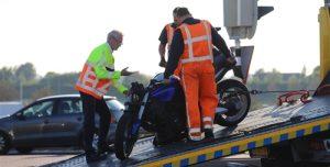 10 oktober Motorrijder gewond na aanrijding met auto Wippolderlaan Den Hoorn