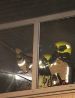 3 november Bedrijfspand beschadigd na flinke brand Uitenhagestraat Den Haag [VIDEO]
