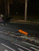 4 november Auto crasht tegen lantaarnpaal Lange Kleiweg Rijswijk