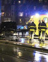 20 november Auto botst tegen lantaarnpaal Zuidwal Delft